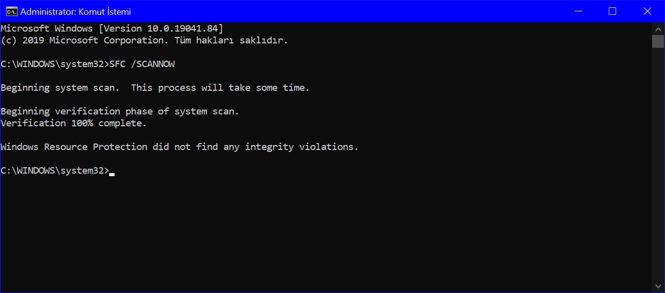 Komut istemi Yönetici penceresinde SFC /SCANNOW komutunun ekran görseli