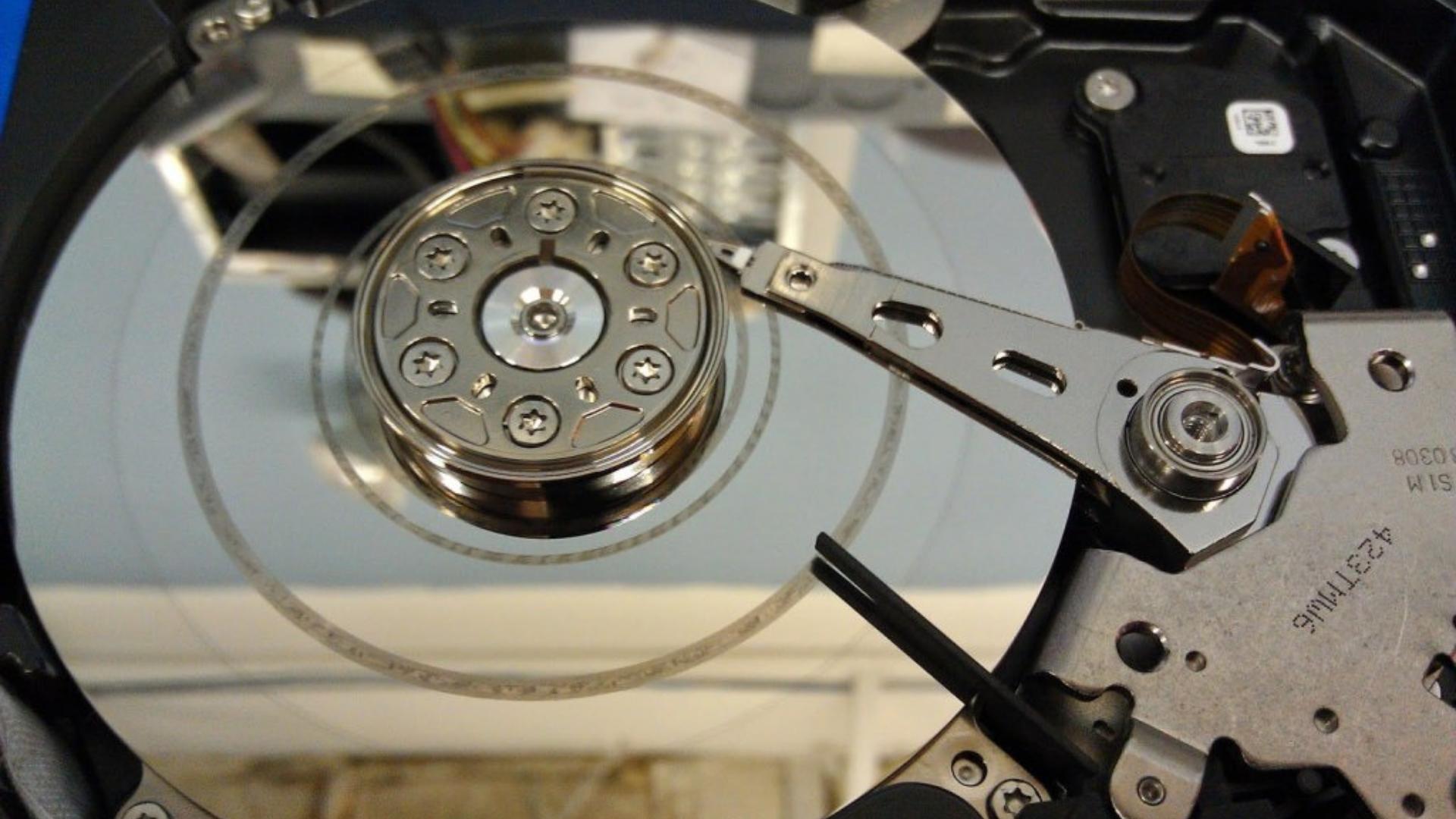 Sabit Disk Türleri ve HDD ( Harddisk ) Hataları